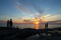 Buscadores finlandeses de la puesta del sol de Arcipelago Foto de archivo libre de regalías