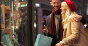 Buscar regalos de Navidad almacen de video