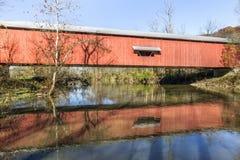 Busching-überdachte Brücke Stockfotografie