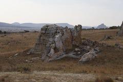 Bush i skała pustynny zmierzch w Isalo, Madagascar Obraz Stock