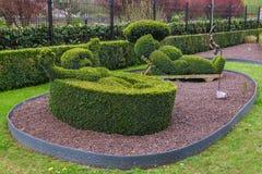 Bush skulptur parkerar in - Durbuy Belgien royaltyfria bilder