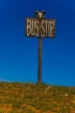Bushaltestellepfosten. Stockfoto
