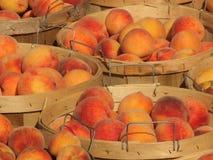 Bushels Perziken 2 Royalty-vrije Stock Afbeeldingen