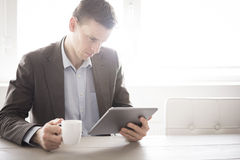 Business break tablet pc Royalty Free Stock Photo