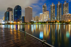 Business buildings in Bangkok seen from Benjakiti park, night Sc Stock Photo