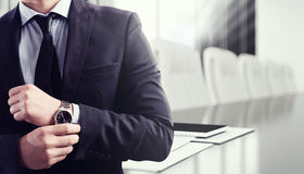 business businessman cmputer desk laptop meeting smiling talking to using woman στοκ φωτογραφίες