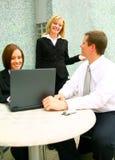 business chatting people στοκ φωτογραφία με δικαίωμα ελεύθερης χρήσης