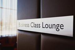 Business-Class-Aufenthaltsraum-Zeichen stockbilder