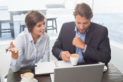 Business colleagues having a meeting Royalty Free Stock Photos