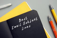 Free Business Concept Meaning Best Email Subject Lines With Phrase On The Sheet Stock Photo - 214357890