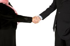 Business couple shaking hands - full bodies Royalty Free Stock Photo