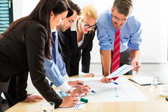 Business - People in office working as team Royalty Free Stock Images