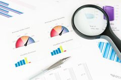 Free Business Graph Royalty Free Stock Photography - 27537227