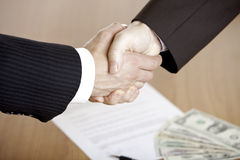 Business handshake after contract Royalty Free Stock Photos