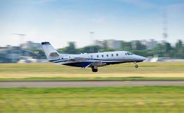 Free Business Jet Landing Royalty Free Stock Image - 156635856