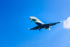 Business jet overhead Royalty Free Stock Photography