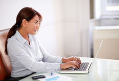 Business lady working with her laptop Royalty Free Stock Images