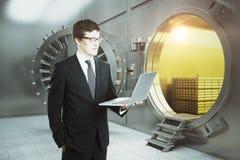 business laptop man στοκ φωτογραφίες