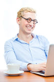 Business man using a laptop Royalty Free Stock Photos