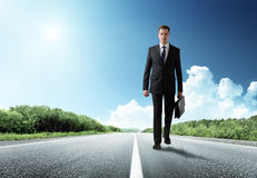 Business man walking Royalty Free Stock Photography