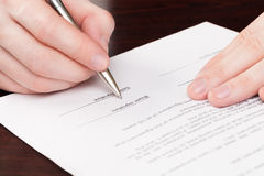 Business men signing contract Royalty Free Stock Photography