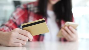 Customer shopping online pay by credit card