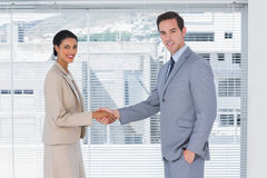 Business partners shaking hands Royalty Free Stock Photos