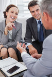 Business people arranging an appointment Royalty Free Stock Images