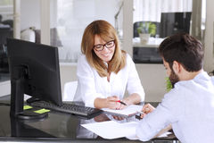 Business people consulting Royalty Free Stock Images