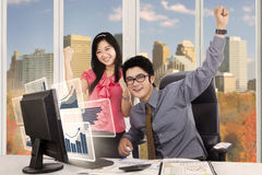 Business people expressing their success Royalty Free Stock Photos