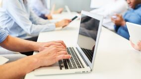 Free Business People With Laptop In A Training Course Royalty Free Stock Image - 194469926