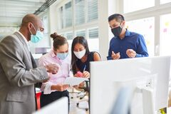 Free Business People With Mask During Project Development Stock Image - 189521121