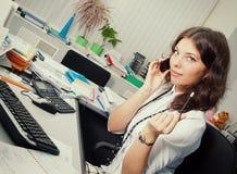 business phone woman Fotografering för Bildbyråer