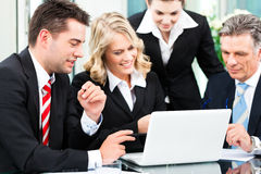 Business - successful meeting in an office Royalty Free Stock Photos