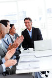 Business team applauding in a meeting Royalty Free Stock Photography