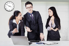 Business team debating in a business meeting Royalty Free Stock Image