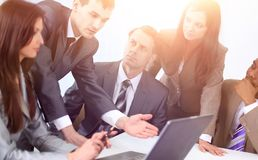 Business team discussing new ideas Royalty Free Stock Photos