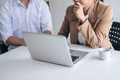 Business team meeting working with new startup project, discussi Royalty Free Stock Photos