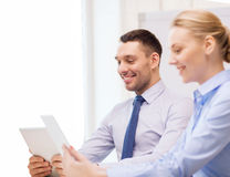 Business team working with tablet pc in office Royalty Free Stock Photos