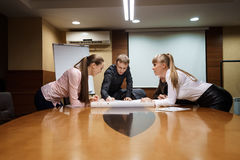 Business team working together at office Royalty Free Stock Photos