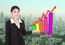 Business woman with business graph Royalty Free Stock Photography