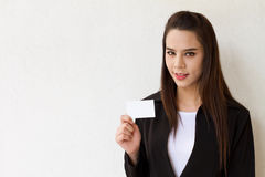 Business woman holding blank card Royalty Free Stock Photo