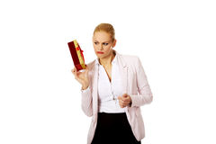Business woman holding present box Royalty Free Stock Photography