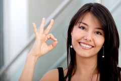 Business woman making an ok sign Royalty Free Stock Photography