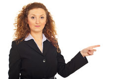 Business woman pointing to right side Royalty Free Stock Images