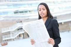 Business Woman Reading Newspaper Royalty Free Stock Photos