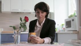 Business woman reading sms stock video