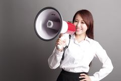 Business woman screaming with megaphone Royalty Free Stock Photos
