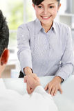 Business woman shaking hands Royalty Free Stock Photos