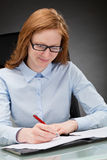 Business Woman Signing Contract Royalty Free Stock Images